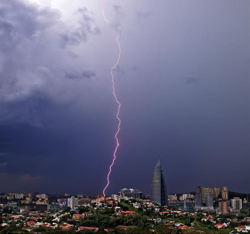 雷 画像043