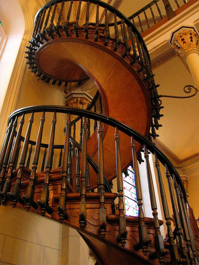 おしゃれで変わったかっこいい階段008