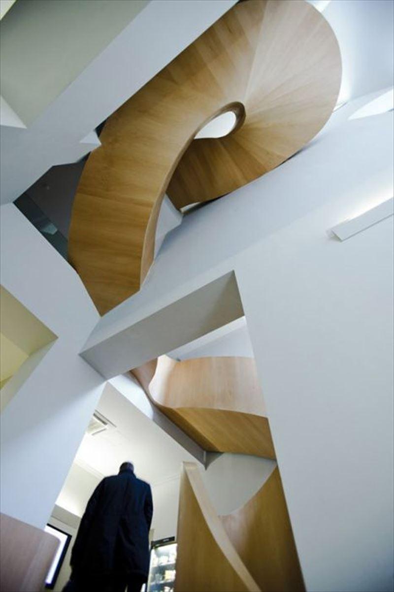 おしゃれで変わったかっこいい階段035