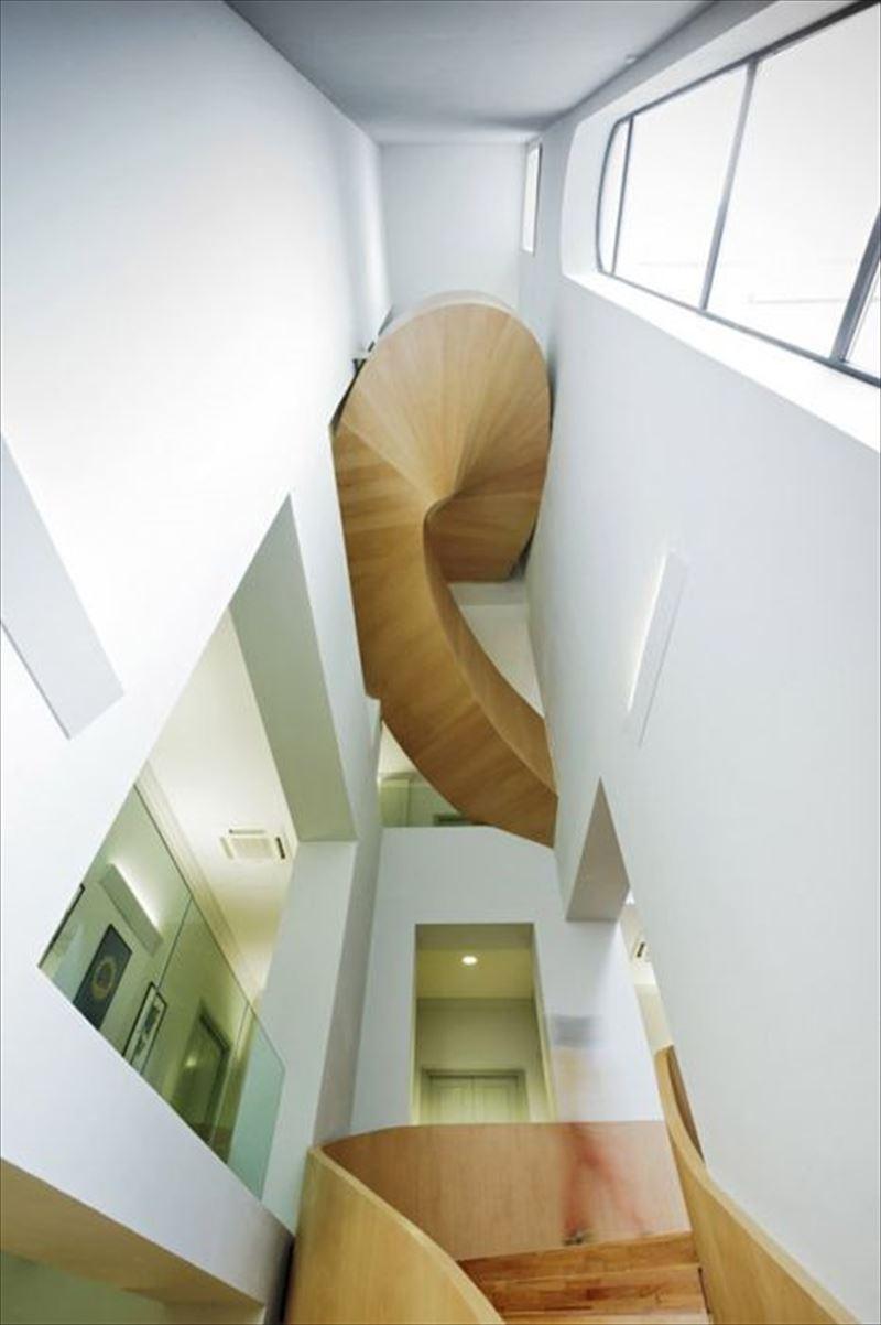 おしゃれで変わったかっこいい階段036