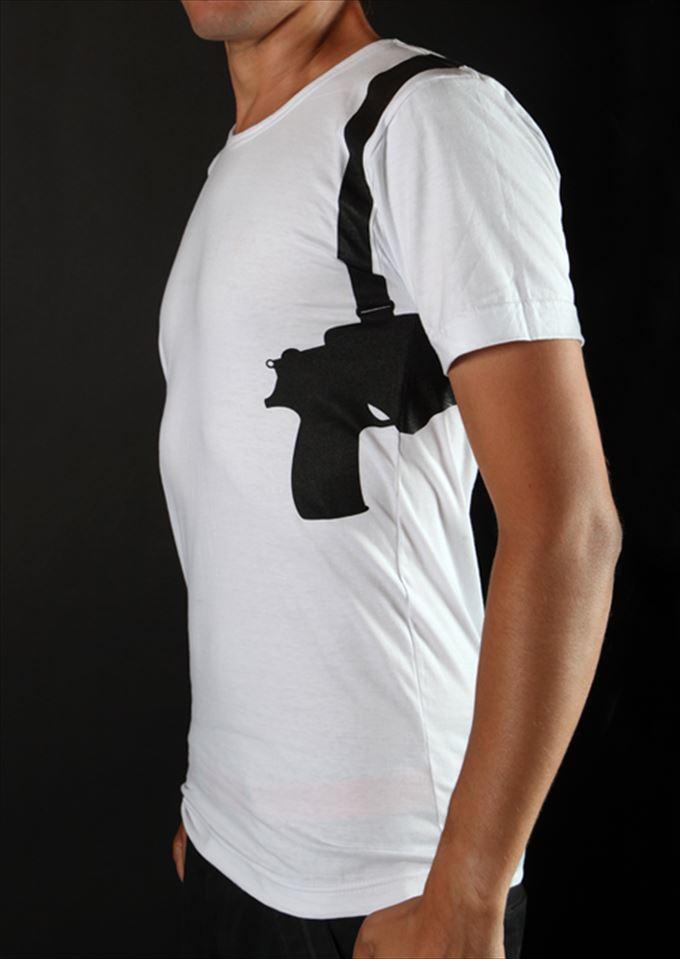 変わったTシャツ14