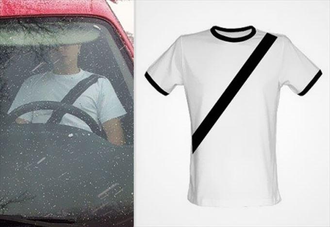 変わったTシャツ33