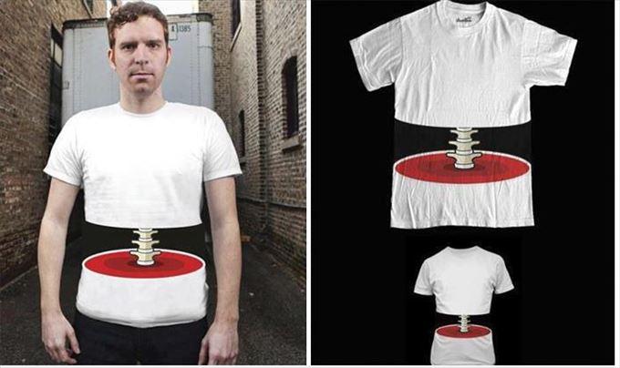変わったTシャツ41