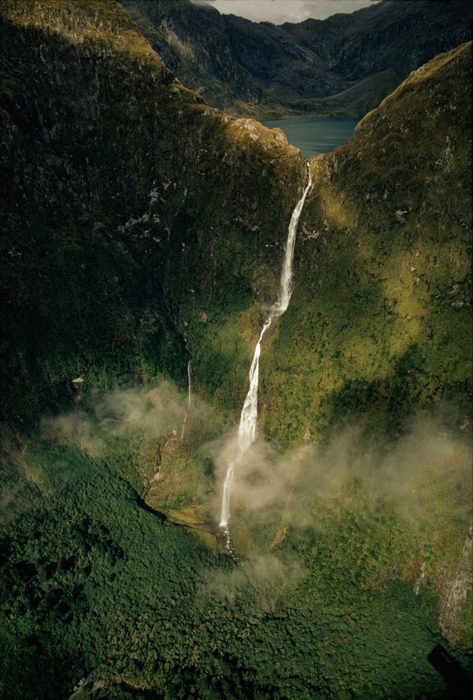 美しい滝画像 19