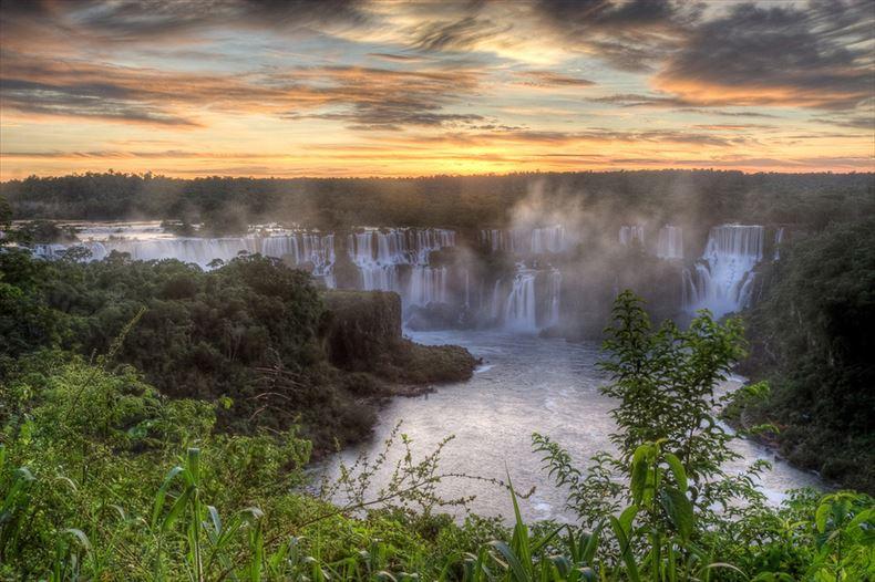 美しい滝画像 21