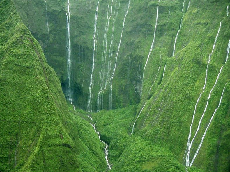 美しい滝画像 23