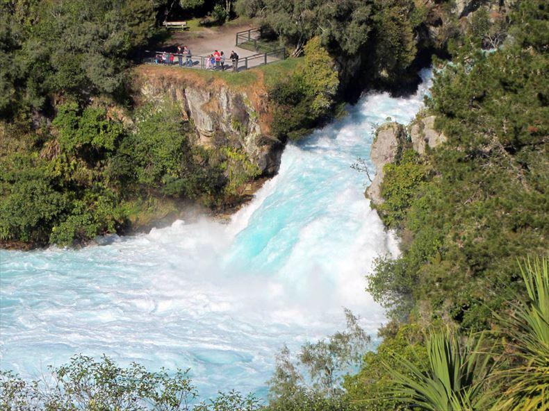 美しい滝画像 27