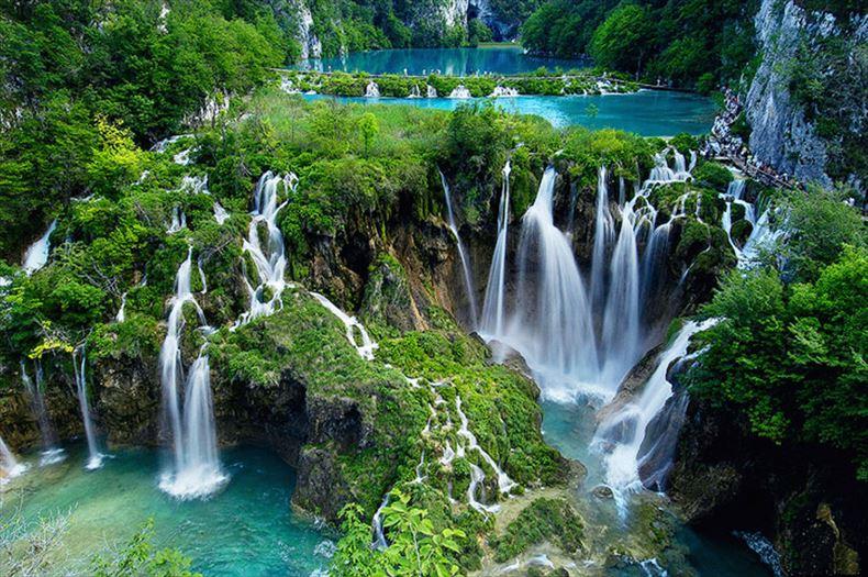 美しい滝画像 28