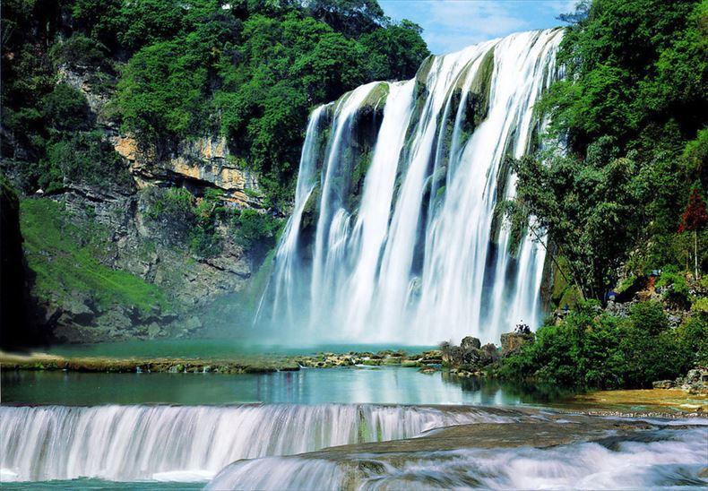 美しい滝画像 5