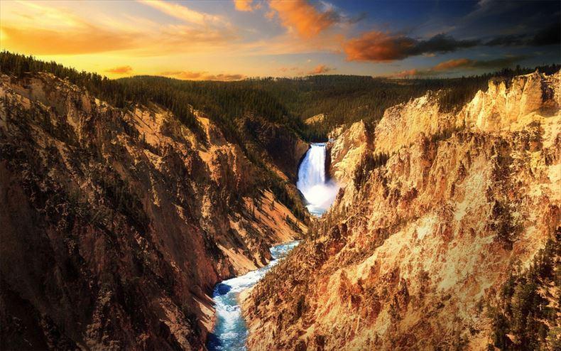 美しい滝画像 7