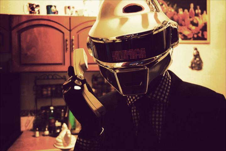 変わったヘルメット0