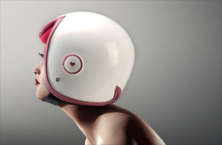 変わったヘルメット2