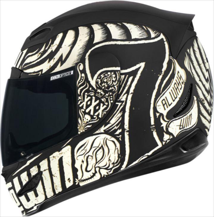 変わったヘルメット20