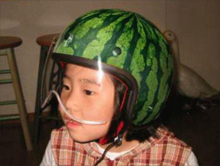 変わったヘルメット26