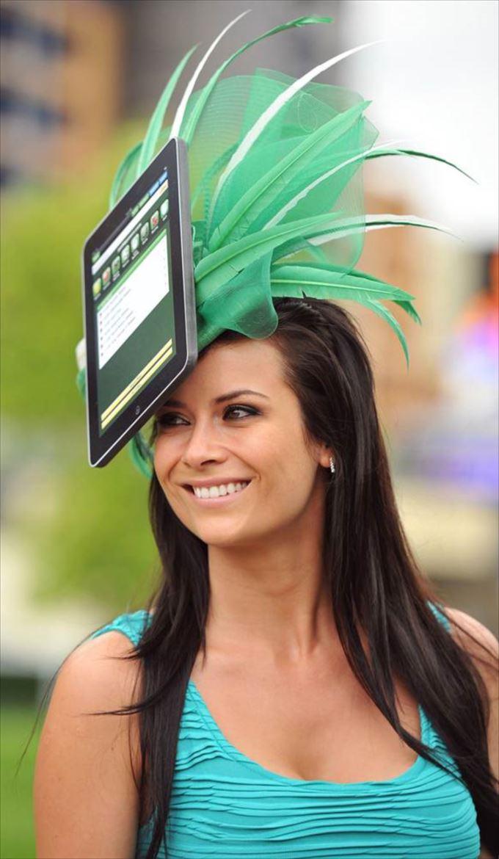 変わった帽子125