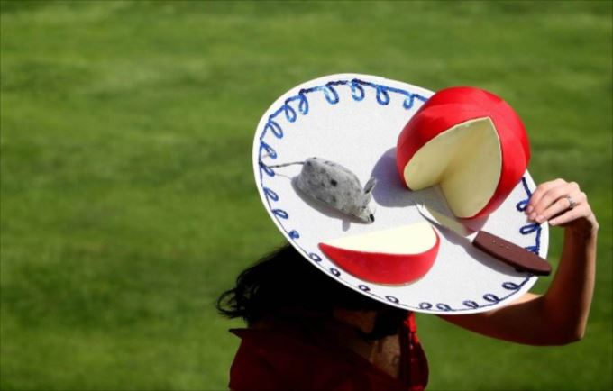 変わった帽子131