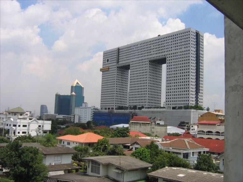 変わった建物 53.5