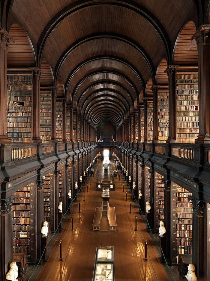 美しい図書館 2