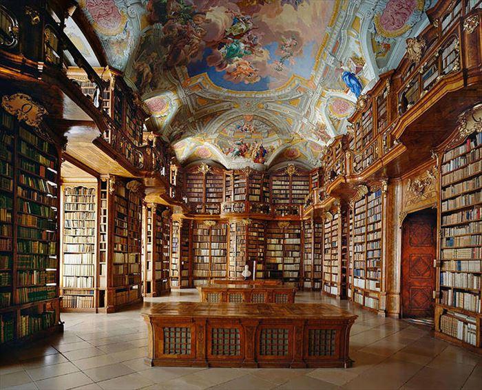 美しい図書館 5.58