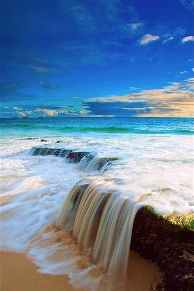 美しい海12