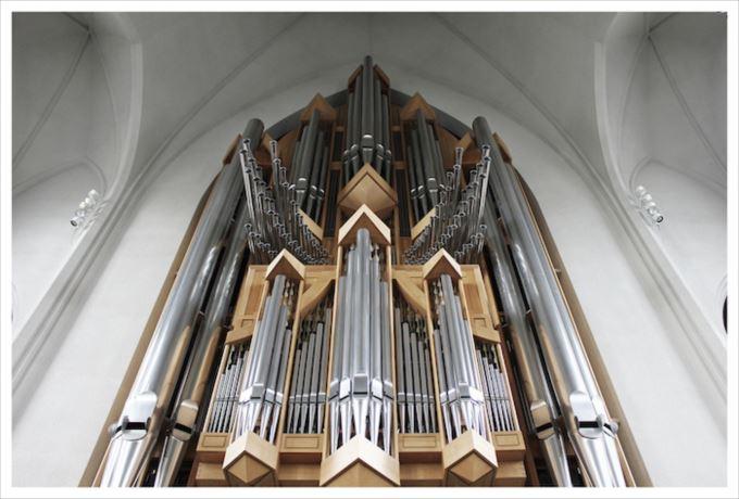 世界の心惹かれる魅力的な美しい教会40選(画像)