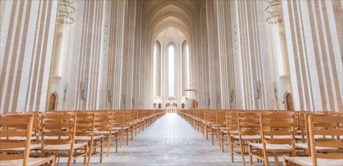 美しい教会 21.1