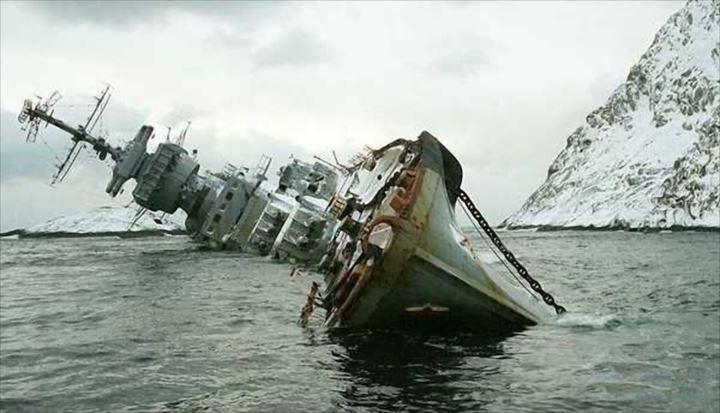 難破船画像 7