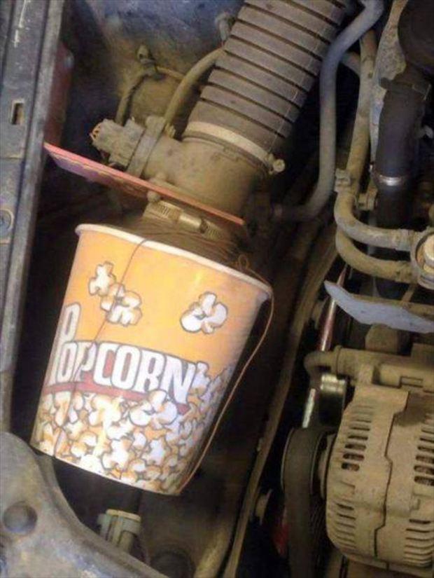 車を自力で修理したらやばい事になった!車のおかしな修理方法(画像)