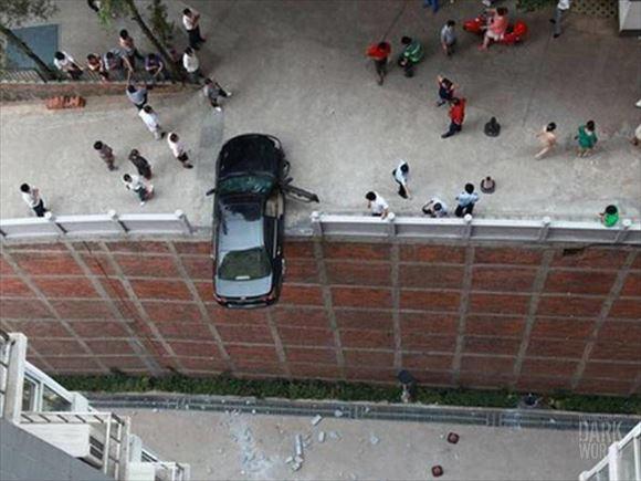 危険運転・駐車 16