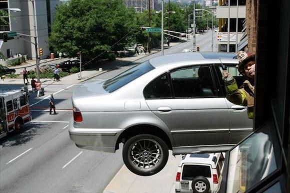 危険運転・駐車 23