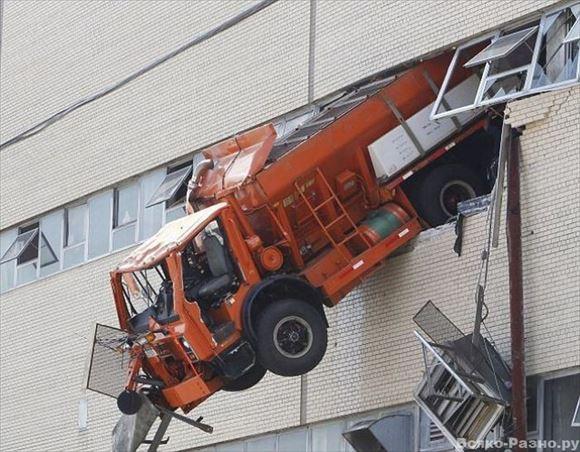 危険運転・駐車 28
