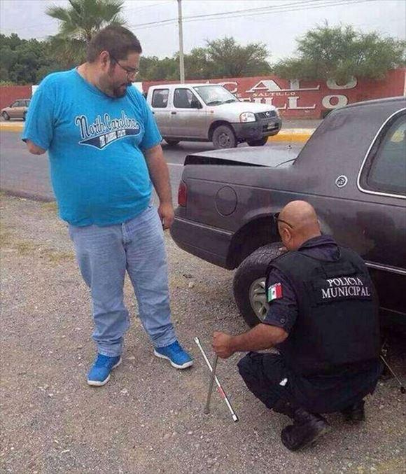 警察官画像 13