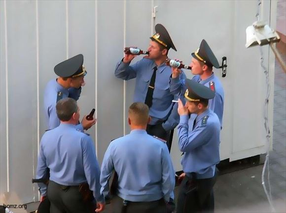 警察官画像 36