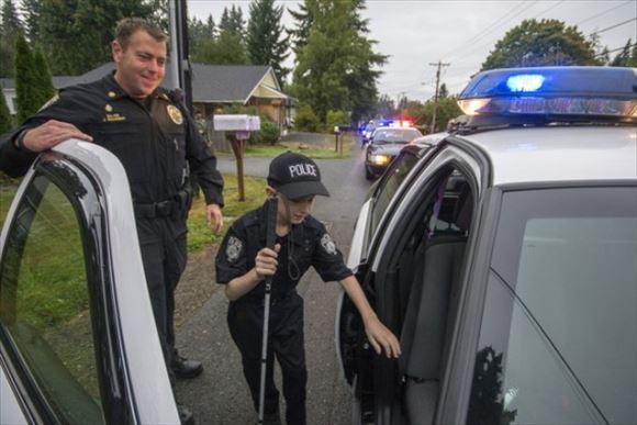 警察官画像 38