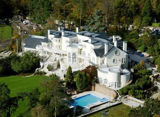 億万長者の家 10