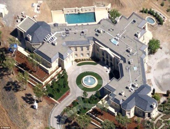 億万長者の家 22
