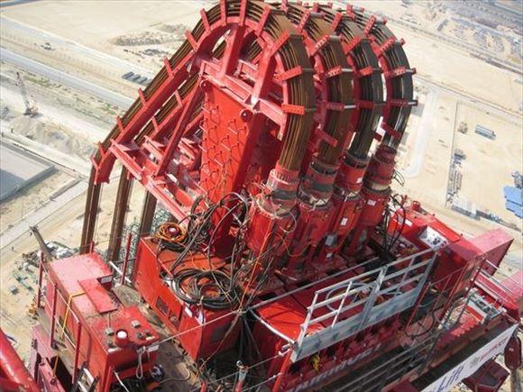 巨大機械 28