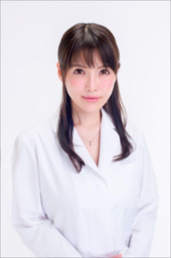 美人女医画像 41